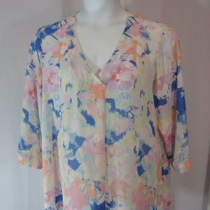 Summer Ready Light and Airy Floral Print Size 1X P